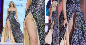 Rozevlátá sukně sexy modelky rozdělila Prahu: Má, nebo nemá kalhotky?
