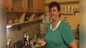 Prostřeno! slaví 10 let: Připomeňte si první díl s prostořekou Zlatuší a její muffiny!
