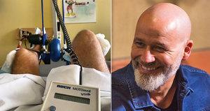 Moderátor Musil po druhé operaci: Už zase »šlapu na kole«! Pomohl mu přístroj