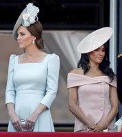 Napětí mezi vévodkyněmi: Meghan se drsně pohádala s Kate kvůli princezně Charlotte