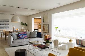 Z balkonu udělali obývák! Vzdušný domov, který bere dech