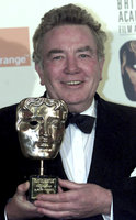 Zemřel herec Albert Finney (†82), tvář Hercula Poirota i Winstona Churchilla