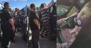 Táta zabouchl holčičku (1) v autě: Vysvobodili ji vězni, kteří se pro ni vloupali!