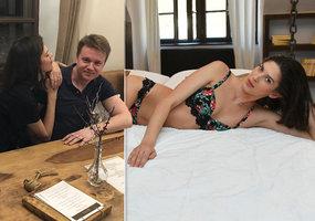Romantika missky Vignerové s hvězdou seriálu Most! Pracují už na miminku?