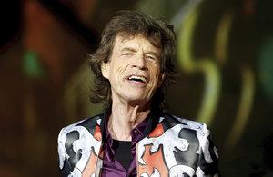 Stav Micka Jaggera po operaci srdce? Mohl umřít, prozradil jeho bratr