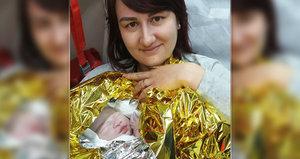Do porodnice Ninuška nepočkala: Narodila se na odstavném parkovišti