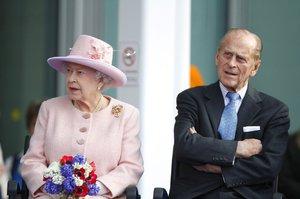 Alžběta II. a Philip: Jak šel čas s královským párem