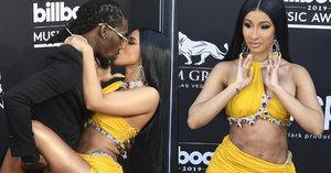 Okurrr se nekoná! Nejslavnější rapperka světa Cardi B ruší koncerty kvůli zpackané plastice