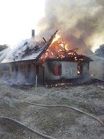 Na Dolní Moravě hořela roubenka: Škody jdou do milionů