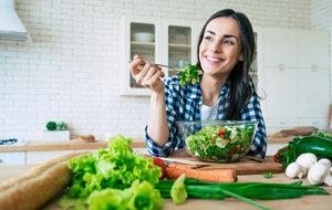22 dietních potravin, které v období pandemie nejúčinněji posílí vaši imunitu