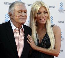 Zakladatel Playboye Hefner (85): Nesouložil jsem se ženou starší 49 let