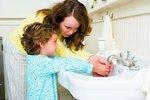 Přehnaná hygiena podle lékařů může v poslední době za skokový nárůst alergií.