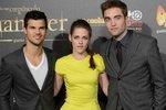 Na madridské premiéře nejnovějšího Stmívání to Kirsten i jejím hereckým partnerům slušelo.