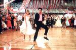 Olivia Newton-John a John Travolta ve filmové Pomádě
