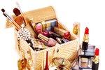 Prošlá kosmetika vám může zničit pleť! Udělejte si jarní úklid i v koupelně