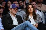 Mila Kunis je těhotná! Dvojčata ale s Kutcherem nečeká