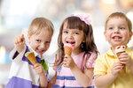Dětské zmrzliny: Která je nejzdravější a proč šmoulová škodí?