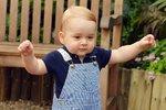 První samostatný portrét prince George u příležitosti jeho prvních narozenin.