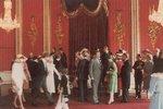 Ze zákulisí svatby Diany a Charlese: Novomanželé se připravují na oficiální focení.