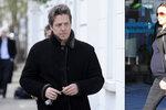 Počtvrté za čtyři roky otcem: Hugh Grant na svět přivítal holčičku