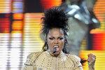 Sestra Michaela Jacksona Janet má nádor na hlasivkách.