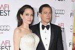 Brad Pitt ukončil manželství s Jennifer Aniston v roce 2005. Tvrdil, že v tom nevěra nebyla, ale zároveň on i Angelina potvrdili, že se do sebe zamilovali během natáčení filmu Pan a paní Smithovi (2005). Jejich vztah je jedním z nejstabilnějších v Hollywoodu, ačkoli nedávno se vyrojily spekulace o jejich rozchodu. Ty ale pár nepotvrdil.