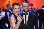 Na Plese v Opeře nesměla chybět herečka Jitka Schneiderová se svým tanečníkem Markem Dědíkem, se kterým skončila na druhém místě ve StarDance.
