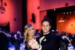 Profesionální tanečníci Jan Onder a Lucie Hunčárová šli všem příkladem.