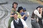 Jamie Dornan jako parašutista Kubiš