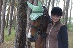 Tereza Momčilová: Kancelář, slušné peníze a lodičky vyměnila za hnůj, stáje a holinky
