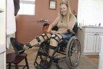 """Chloe Jennings-White zatím působí jako neoficiální mluvčí """"transhandicapovaných"""" a pokaždé, když sedne do auta, touží po tom, aby měla nehodu, při které přijde o nohy."""
