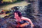 Celebrity na síti: Saudková se koupe v ledovém rybníku a Bílá zapadla v chalupě