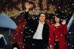 Hugh Grant si zahrál premiéra, který se na první pohled zamiloval do své asistentky Natalie.