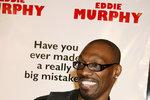 Zesnulý komik Charlie Murphy, bratr slavnějšího Eddieho Murphyho.