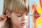 »Uchošťoury« vám můžou ublížit: Jak si správně čistit uši?