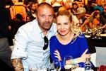 Kateřina Kristelová s Tomášem Řepkou na sportovním zápasnickém večeru.
