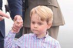 Georgeovi jsou 4! Už nenosí podkolenky. Jakou mu Kate chystá oslavu?