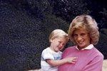 Princ William se svou matkou, princeznou Dianou