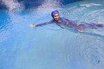 Ženu ve Francii vykázali z bazénu, musela navíc zaplatit za jeho vyčištění