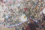 Dcera Michaela Jacksona Paris navštívila předvánoční Prahu a hned první večer zamířila ke stromečku na Staroměstském náměstí. Prahu si prý hned zamilovala, jak píše u fotky. To se jí nedivíme!