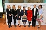 Debata žen kandidátů na prezidenta: Zleva Horáčková, Talmanová, Hynková, Drahošová, Fischerová, Bračíková a Hilšerová