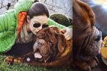 Anna K. se svým psem Tondou