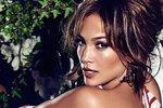 Jennifer Lopez (48) se stala tváří značky Guess.