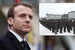 Mladí musí na vojnu, zavelel Macron. Sám se branné povinnosti vyhnul