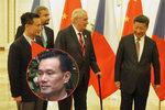 Čínský fantom měl radit Zemanovi. Skoro se nevídali, jeho jméno v seznamech chybí