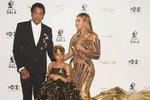 Beyoncé, Jay-Z a Blue Ivy jako šťastná rodinka. Zdá se, že pár krizi ustál. Dokonce vyráží na společné turné a v červnu budou i v Evropě!