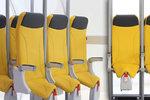 Šílený vynález je zpět: V letadle »na stojáka«! Budeme cestovat jako sardinky?