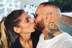 Rytmus má novou přítelkyni. Je jí tahle slovenská moderátorka Jasmina Alagič. O vztahu Rytmuse s Jasminou už se ví delší dobu, tohle je ale poprvé, co slovenský rapper zveřejnil jejich společnou fotografii. Sluší jim to spolu? :)