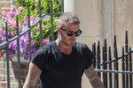 David Beckham je další sexsymbol, ke kterému kérka jednoduše patří! Mnoho jeho obrázků je inspirací pro ostatní muže. Není ale neomylný, pár chybiček se v jeho malůvkách také najde.
