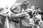 Legendární polibek lásky v roce 1952 na olympijských hrách v Helsinkách.